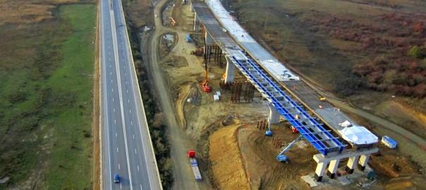 20121101074538-fotografie-aeriana-autostrada-orastie-sibiu-viaduct-sacel-654607936
